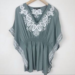 Love Stitch Embroidered Poncho Blouse Size Small